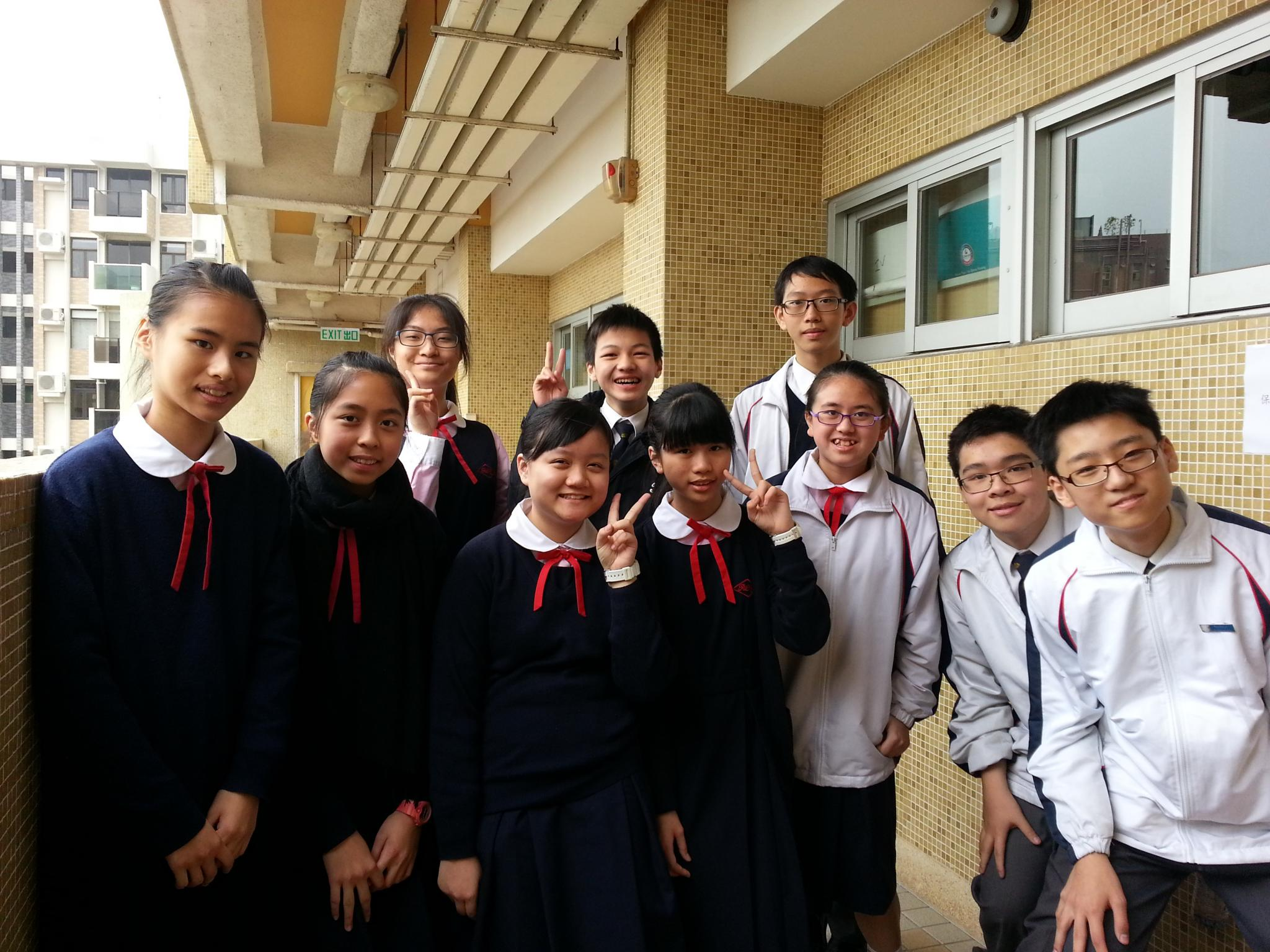 10 students joined the Forum which was held to make learning and teaching pack by filming the whole process of the forum. Students had to read Chapter 1, 4 and 6 of the Basic Law and prepare some questions to ask before attending the forum.