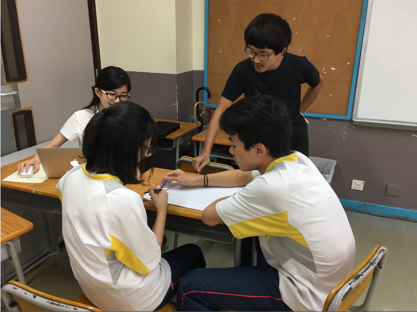 Students are designing the pictures to be drawn in Mei Foo.